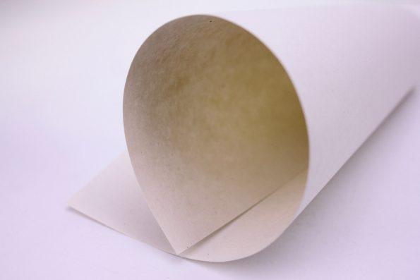 Hanfpapier zusammengerollt