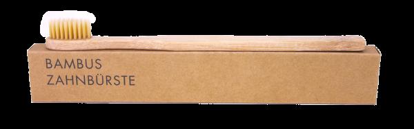 Bambus Zahnbürste baumfrei - freigestellt
