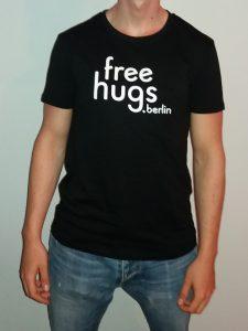 Free hugs shirt herren