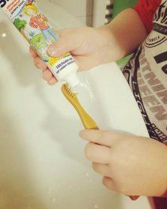 #Bambuszahnbürste - baumfrei.de - Pia Brouwers - Instagram puderzuckerwolken