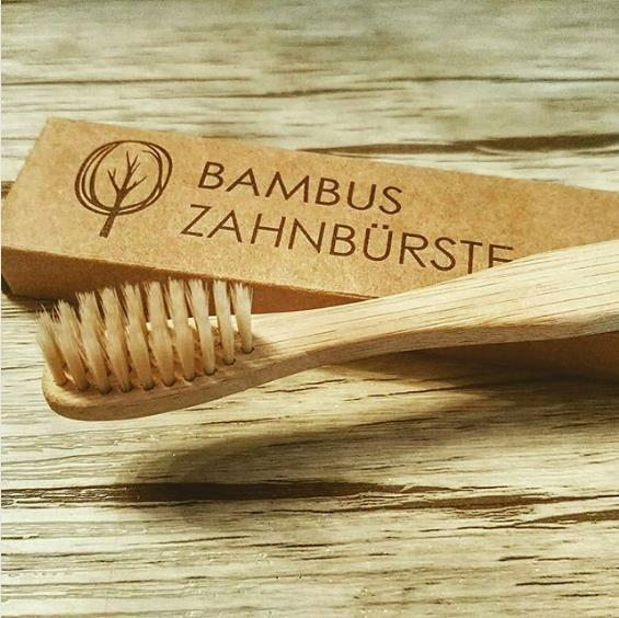 #Bambuszahnbürste - baumfrei.de - Pia Brouwers - Instagram diegeniesserwelt