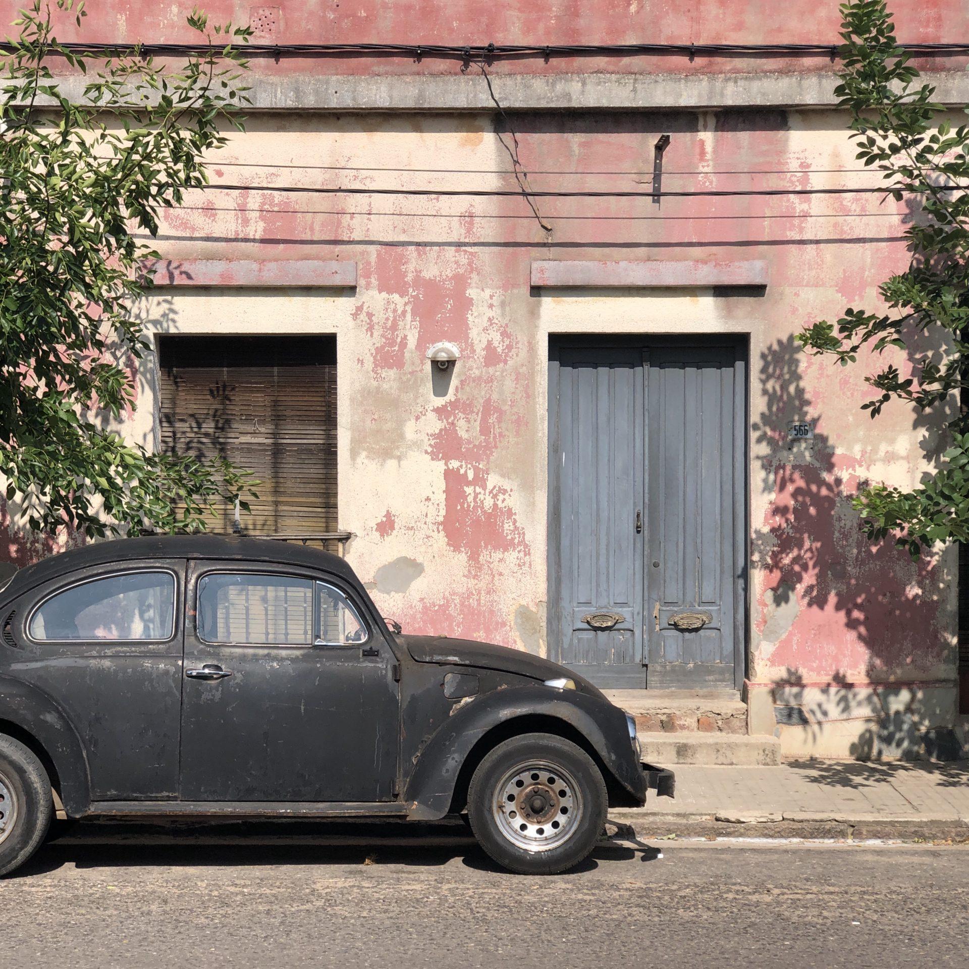 Haus und Auto in Melo, Uruguay